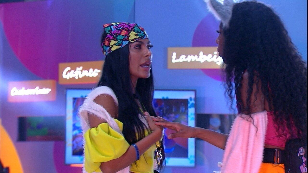 Pocah tira satisfação com sister sobre o comportamento dela em festa do BBB21