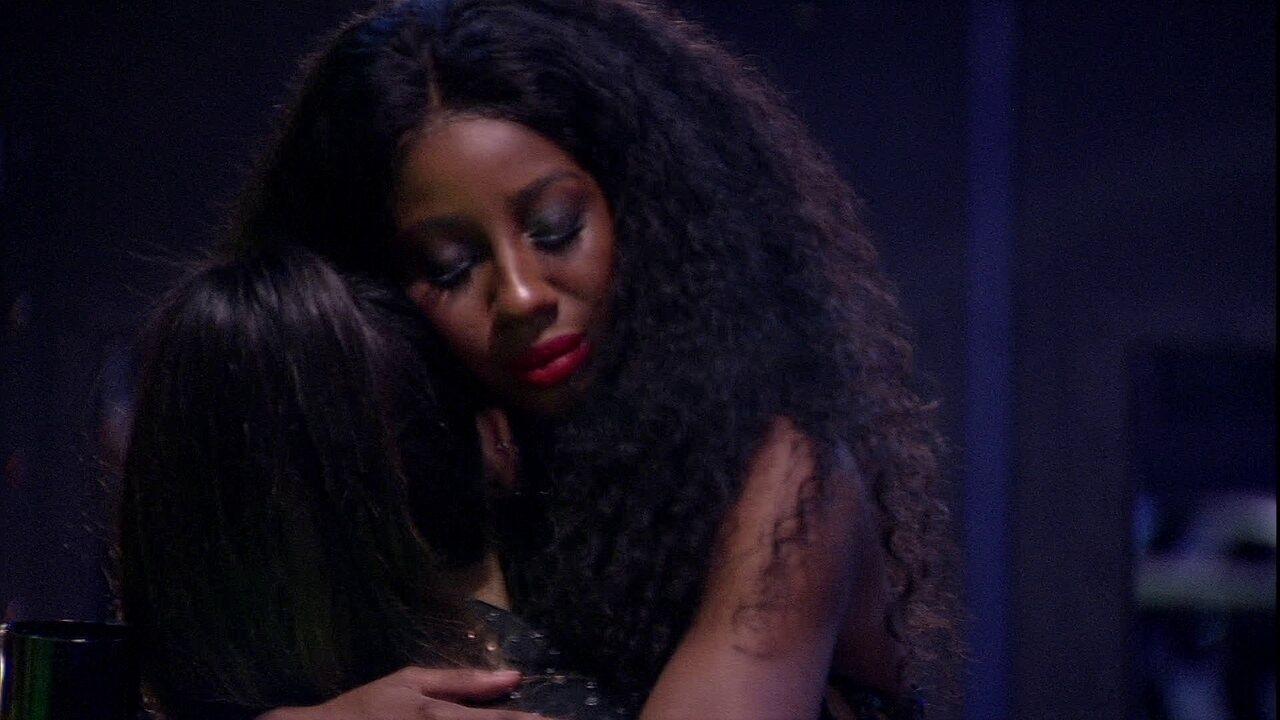 Camilla de Lucas consola Juliette no BBB21: 'Você foi meu presente aqui dentro, amiga'