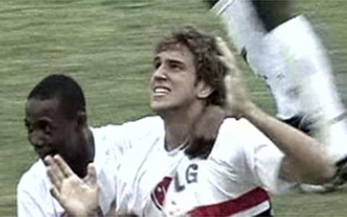 Lembre gol de Bruno Uvini na Copinha de 2009