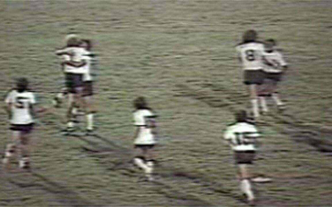 Veja golaço de Wladimir pelo Corinthians na maior goleada da história do Brasileirão, em 1983