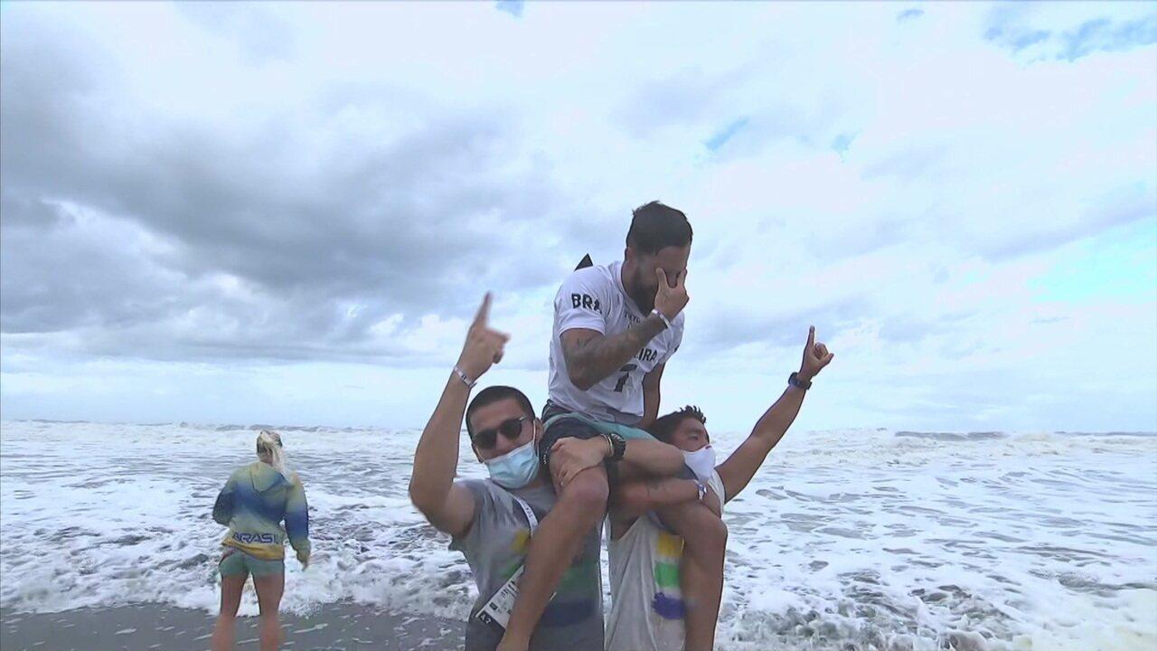 Melhores momentos: confira como Ítalo Ferreira conquistou o ouro olímpico no surfe