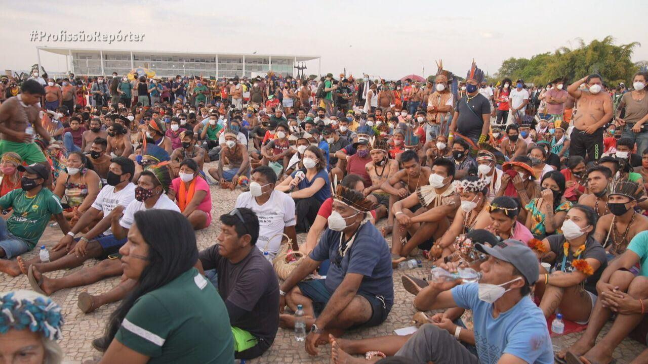 Indígenas se reúnem em Brasília e protestam contra o marco temporal